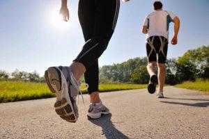 """Médico alerta: """"Levantar cedíssimo e ir logo correr é caminho andado para um enfarte"""""""
