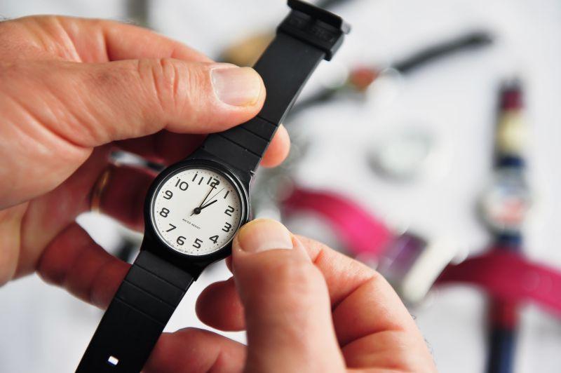 Mudança de hora. Estratégias eficazes para evitar transtornos que possam perturbar a sua rotina diária